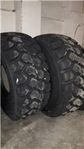 Marangoni MHED 26.5R25, 2017, Tyres and wheels