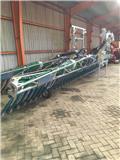 Bomech Farmer 15، معدات توزيع السماد العضوي
