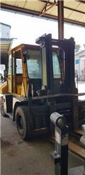 TCM FD70, 2003, 리치 트럭