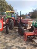 Massey Ferguson 135, Traktorer