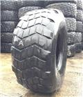 Michelin 525/65R20.5 XS - USED A 40%, Reifen