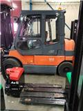 Toyota 8FBMF45, 2012, Mga Electic forklift trak
