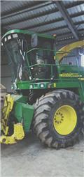 John Deere 7400, 2006, Önjáró szecskázók