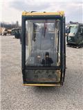 Nobas UB 30, 2002, Vezetőfülke
