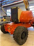 JLG 800 AJ, 2001, Iseliikuvad poomtõstukid