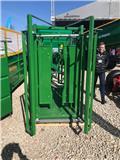 Dinapolis Cattle locking stall GS220/ Waga/báscula de pesaje, 2018, Mesin dan aksesori ternakan lain