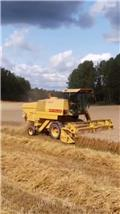 New Holland 8030, 1983, Combine harvesters