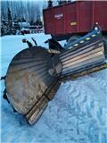 Stark NL3150 Nivelaura, 2012, Snöblad och plogar