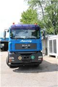 MAN 33.413 FDC, 2004, Kranwagen