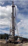 LLAMADA P130TT/140, 2001, Cölöp fúrók