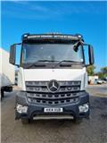 Mercedes-Benz 3240, 2014, Dump Trucks