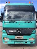 Mercedes-Benz 1853, 2001, Tractores (camiões)