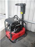 Chicago Pneumatic vibroplatta MV 165 CP, Vibratorer