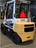 Daewoo D 30 S, 2003, Camiones diesel