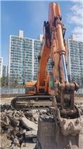 Doosan DX 300 LC, 2011, Telakaivukoneet