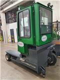 Combilift C 4000, 2016, 4-way reach trucks