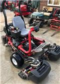 Toro 3400 TriFlex, 2012, Stand on mowers