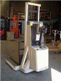 Crown 20 MT, 2000, Pedestrian stacker
