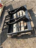 Caterpillar Pallet Tines & Carriage, Other loading and digging and accessories