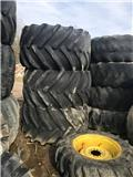 Goodyear 67x34-25NHS, Tires