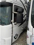 Scania 4 series Door left 1476534/S808333/SCR3/ME1476534, Førerhus og Interiør