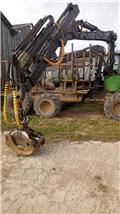 John Deere 810 D, 2008, Forwarder