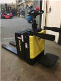 Hyster P2.0SE, 2012, Low lifter with platform