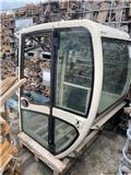 Terex HR 2.0, Cabins and interior