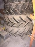 Dual wheel  Paripyörät 16.9-38/13.6-28