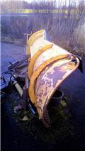 Soukkio Alueaura 3350 Valtran sovitteilla, 2001, Lumiaurat