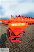 Dexwal Fetilizer spreader 850 l/1200 kg/Abonadora، 2021، معدات فرد المواد المعدنية