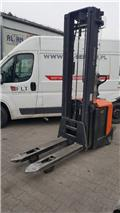 BT SPE 160, 2011, Low lifter with platform