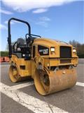 Caterpillar CB 22, 2016, Twin drum rollers