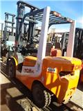 TCM FD25、2014、柴油卡車