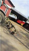 Claas Volto 540, Rakes and tedders