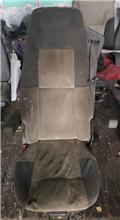Volvo L 20, Cabins and interior