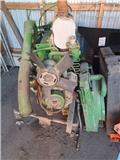 John Deere 2250, Engines