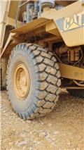 Caterpillar 775 E, 2002, Rigid dump trucks
