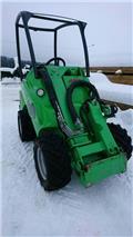 Сельскохозяйственный погрузчик Avant 520+, 2008 г., 2240 ч.