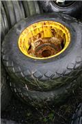 Goodyear 14.9 x 24, Tyres