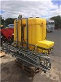 Jar-Met 1000 liter med 12 meter galv bom، 2011، Trailed sprayers