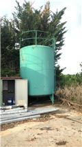 S-ANDERE CISTERNA D'ACQUA USATA IN FERRO CON PIEDI, 2020, Cisterne