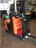 BT OSE 100, 2011, Medium lift order picker