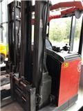 BT RR B 2, 2005, Reach trucks