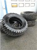 Nokian TRI 2, Tires, wheels and rims