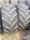 Goodyear Twin wheel set 600/70R28 tires, 1 pair, with 8 con, Спарені колеса