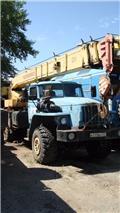 Автокран  Челябинец КС 45721 на шасси Урал 4320, 2007 г., 68089 ч.