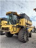 New Holland CSX 7080, 2011, Combine harvesters