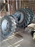 Trelleborg Dubbelmontage, Tires, wheels and rims