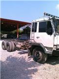 Mitsubishi Fuso FN526, Tractores (camiões)